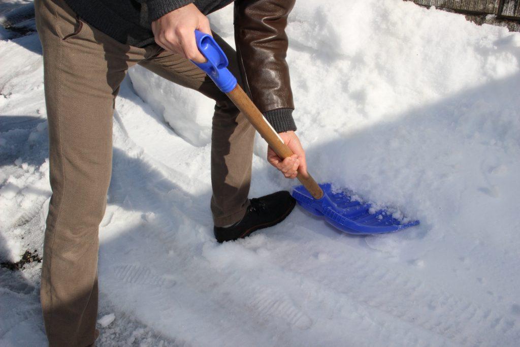 雪かきのコツ、やり方、注意すること